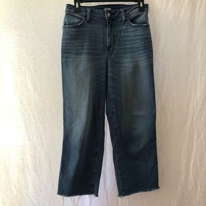 Old Navy High Waisted Cropped Jeans.